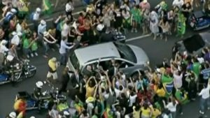 On his arrival in Rio, he chose to ride in this little Fiat, which took the wrong turn and ended up in Rio traffic.